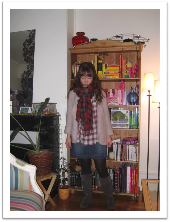 blouse-tartan-bel-air_jupe-kookai_bottes-steve-madden