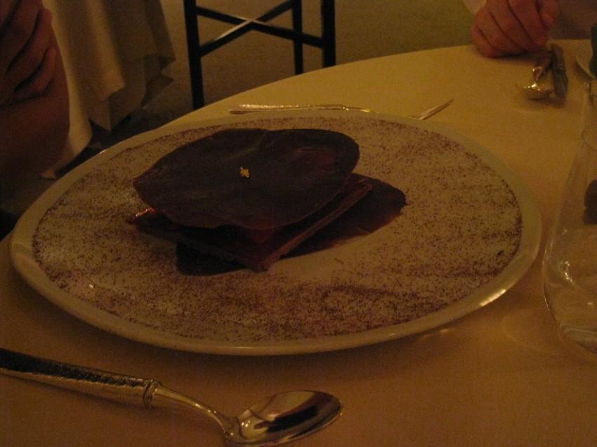 Moelleux-croquant au chocolat, framboises et vinaigre de Xérès