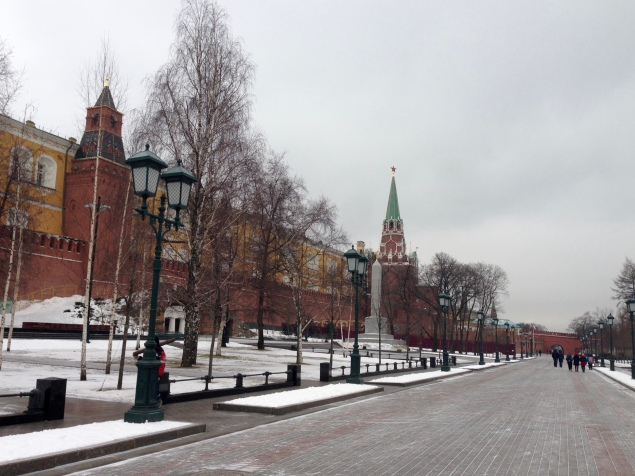 Vue sur le Kremlin depuis le jardin Alexandre